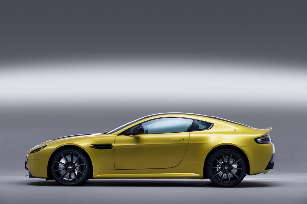 New 2017 Aston Martin V12 Vantage S    Greenwich, CT