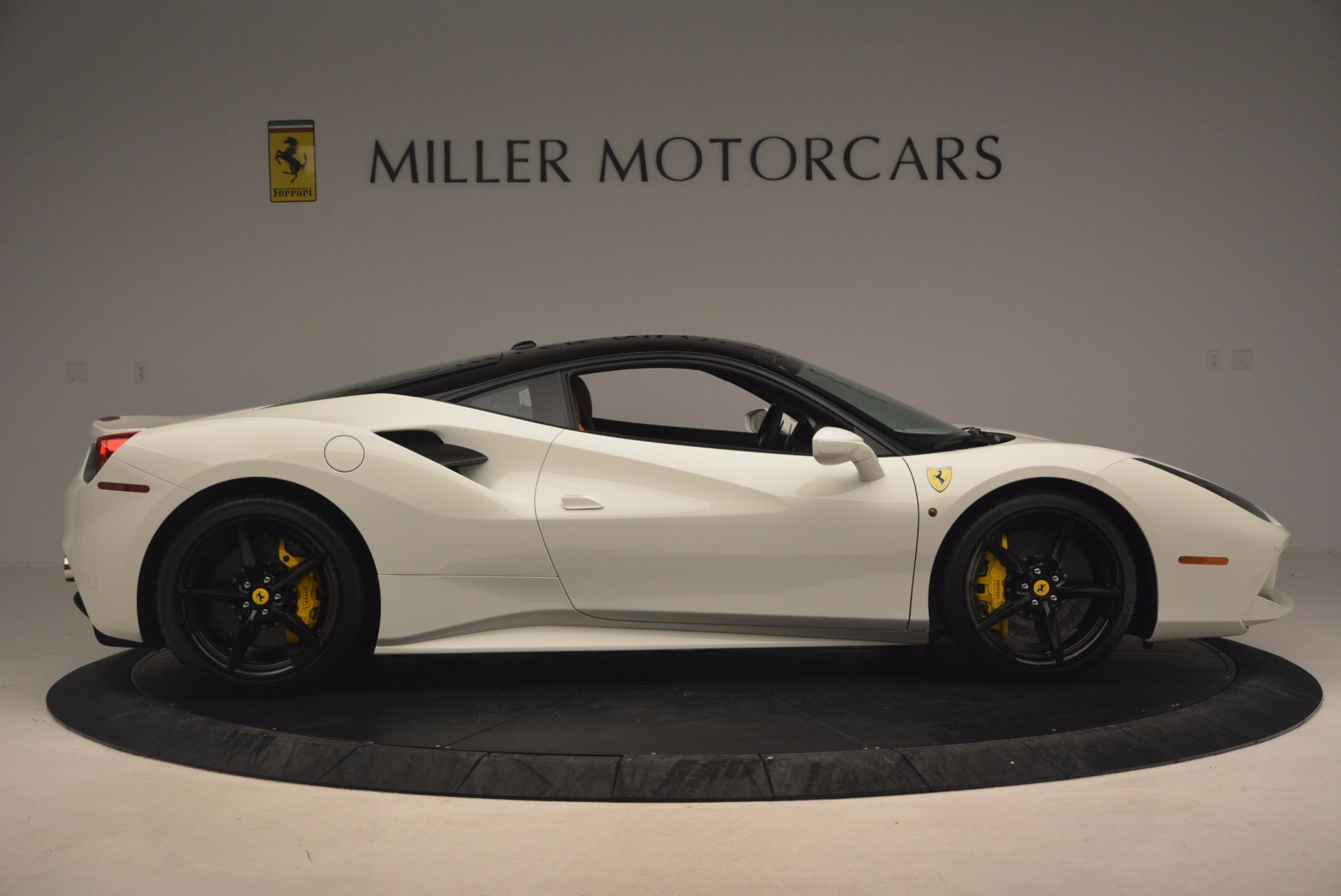 Used 2016 Ferrari 488 GTB  | Greenwich, CT