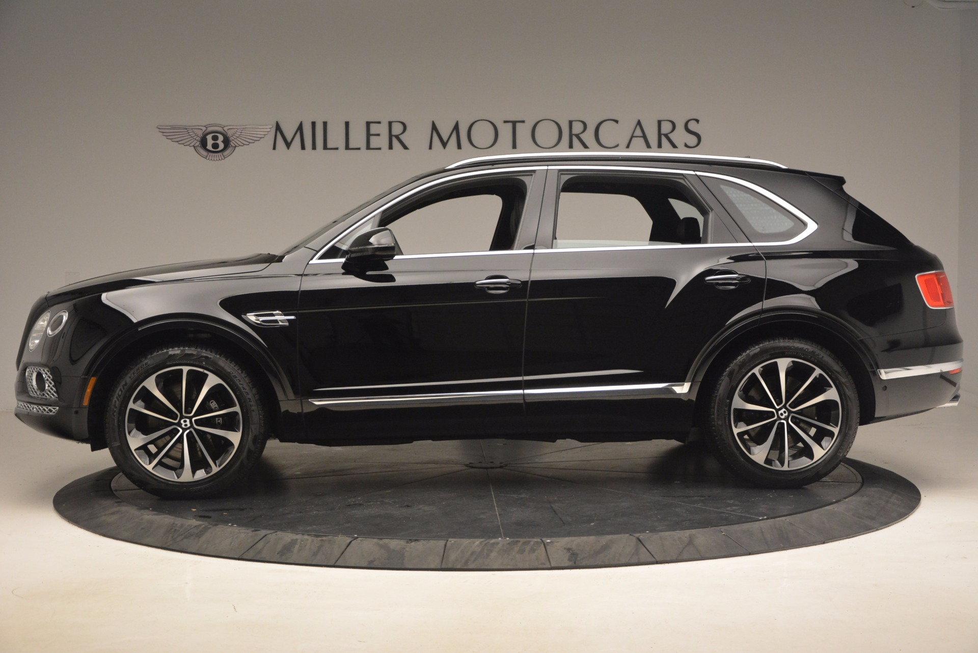 New 2018 Bentley Bentayga Activity Edition-Now with seating for 7!!! | Greenwich, CT