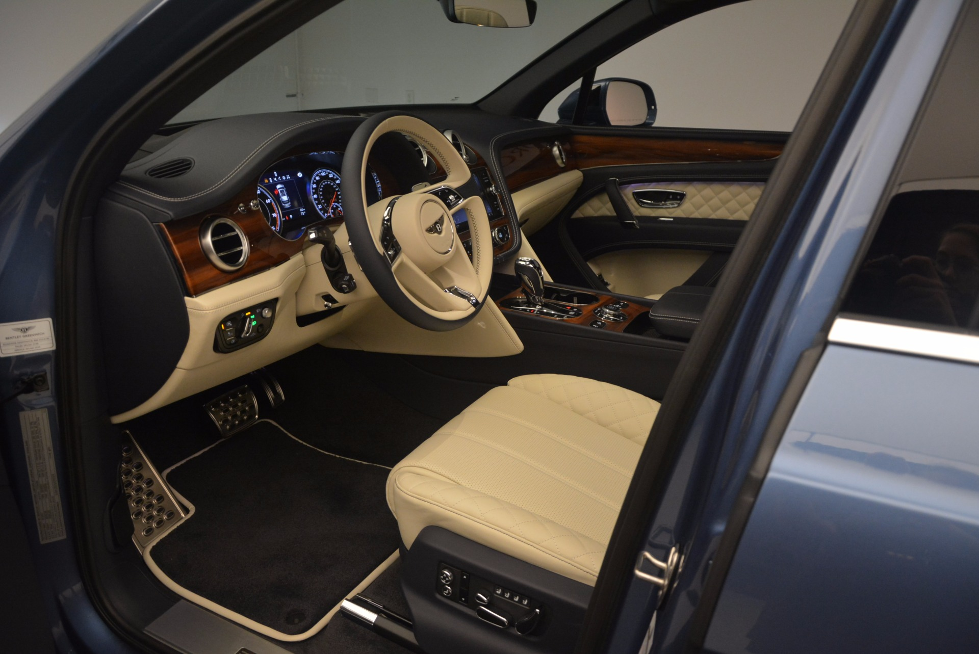 New 2018 Bentley Bentayga  | Greenwich, CT
