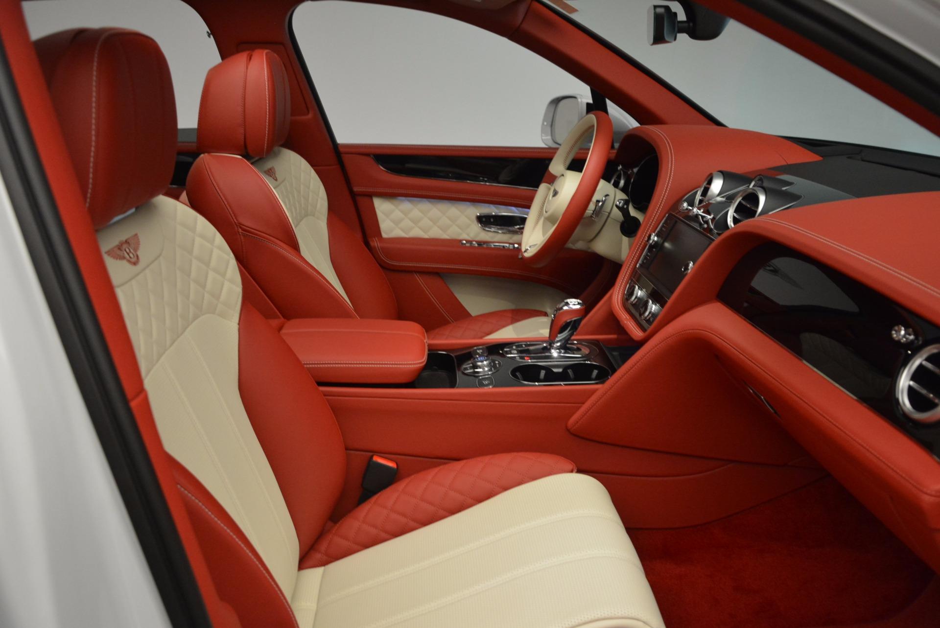 New 2018 Bentley Bentayga Black Edition | Greenwich, CT