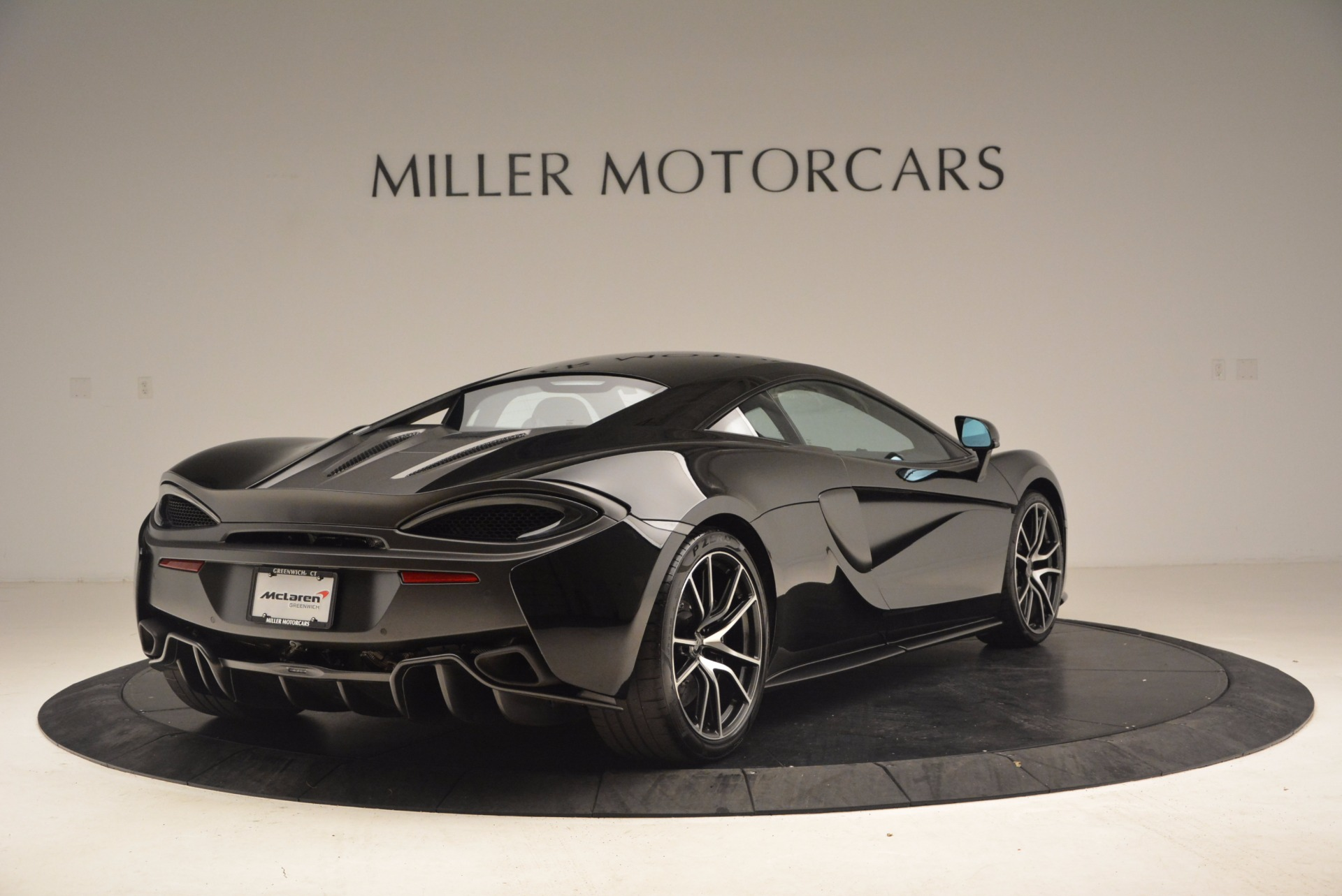 Used 2016 McLaren 570S    Greenwich, CT