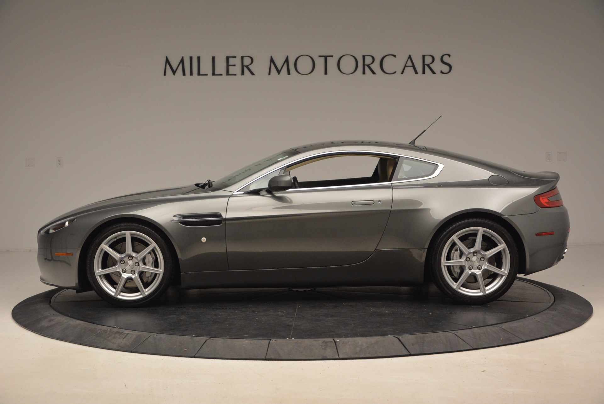 Used 2006 Aston Martin V8 Vantage  | Greenwich, CT