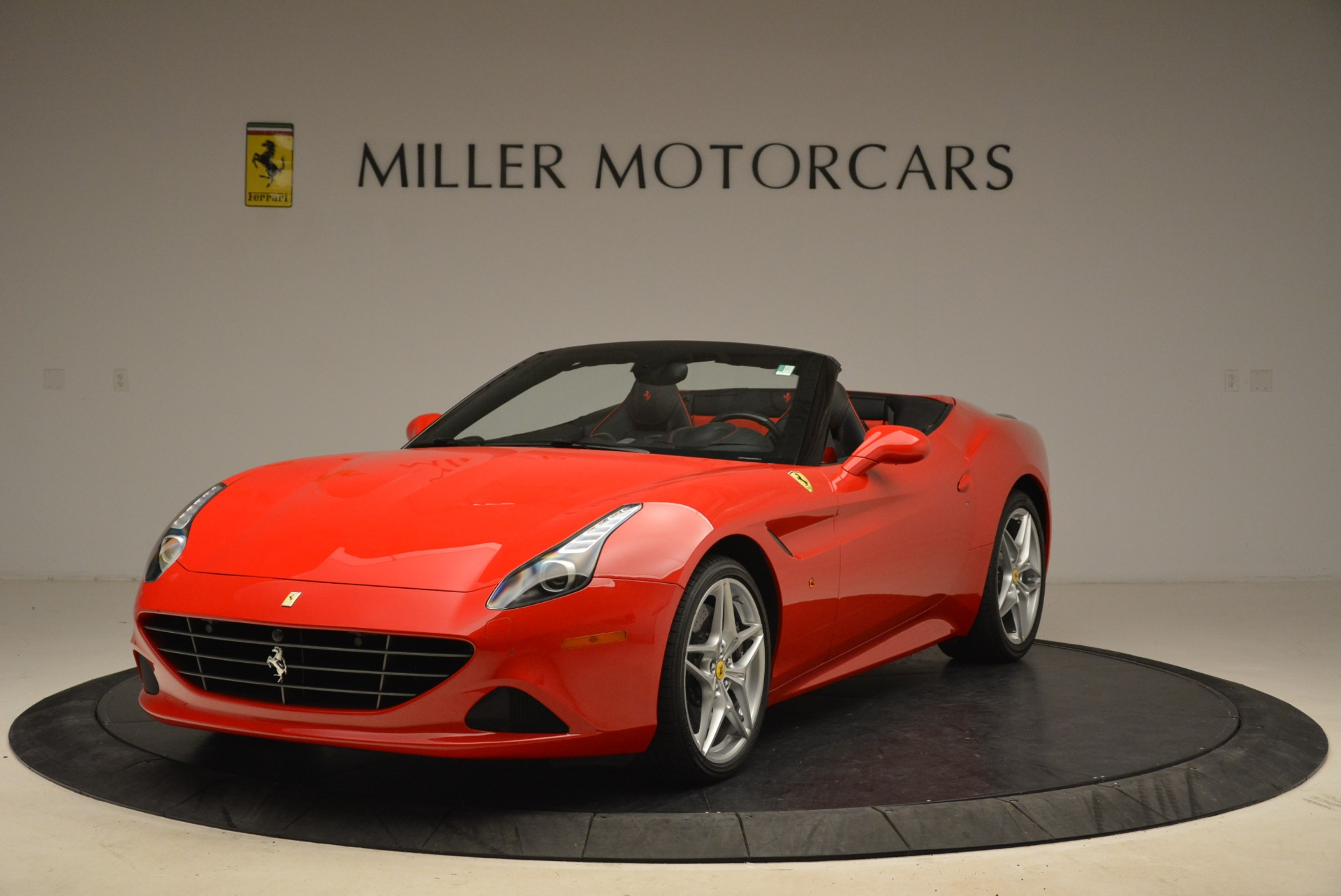Used 2016 Ferrari California T Handling Speciale | Greenwich, CT