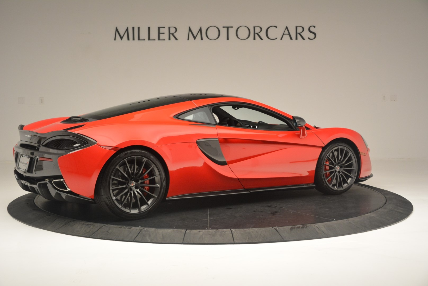 Used 2018 McLaren 570GT  | Greenwich, CT