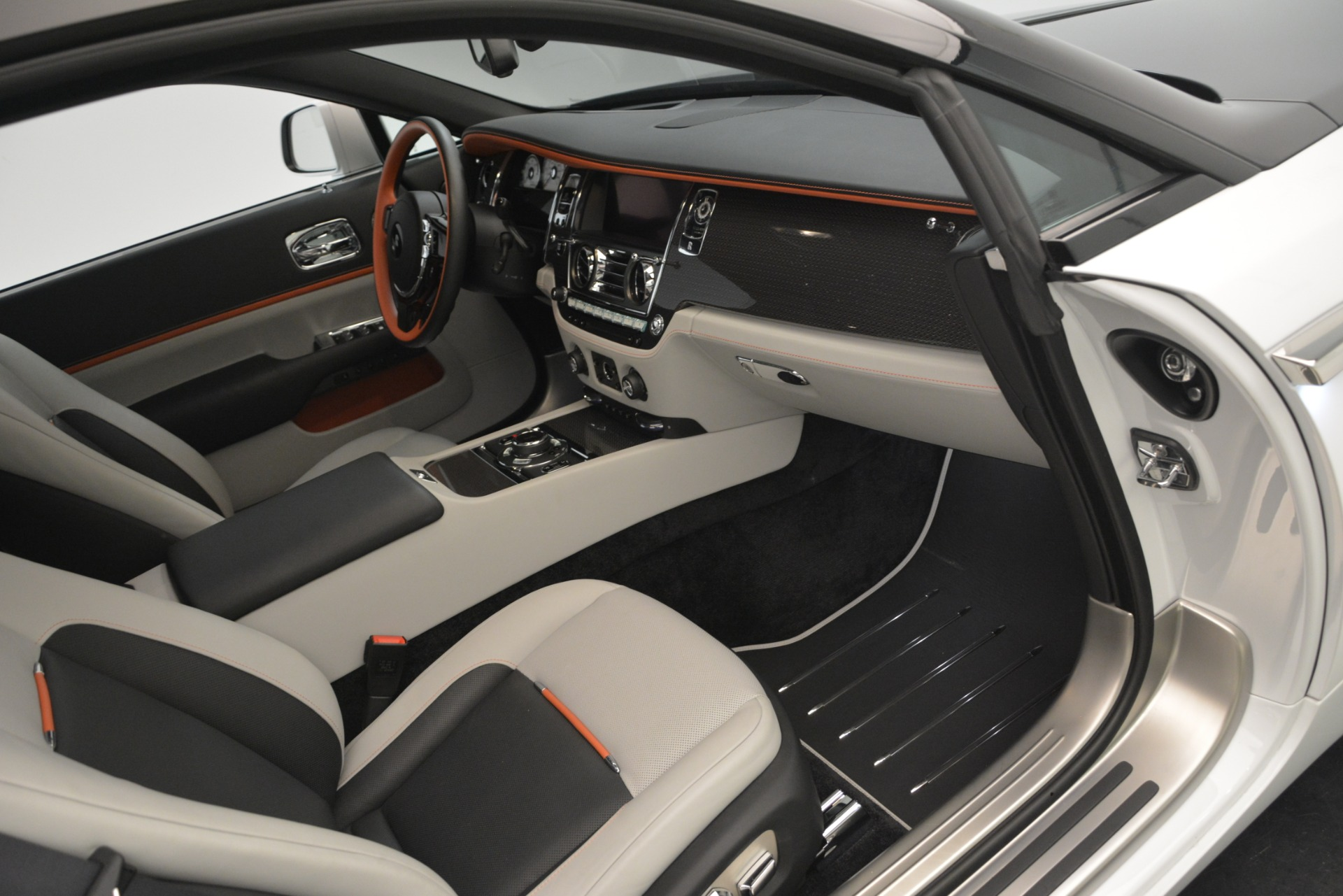 Used 2018 Rolls-Royce Wraith Black Badge Nebula Collection | Greenwich, CT