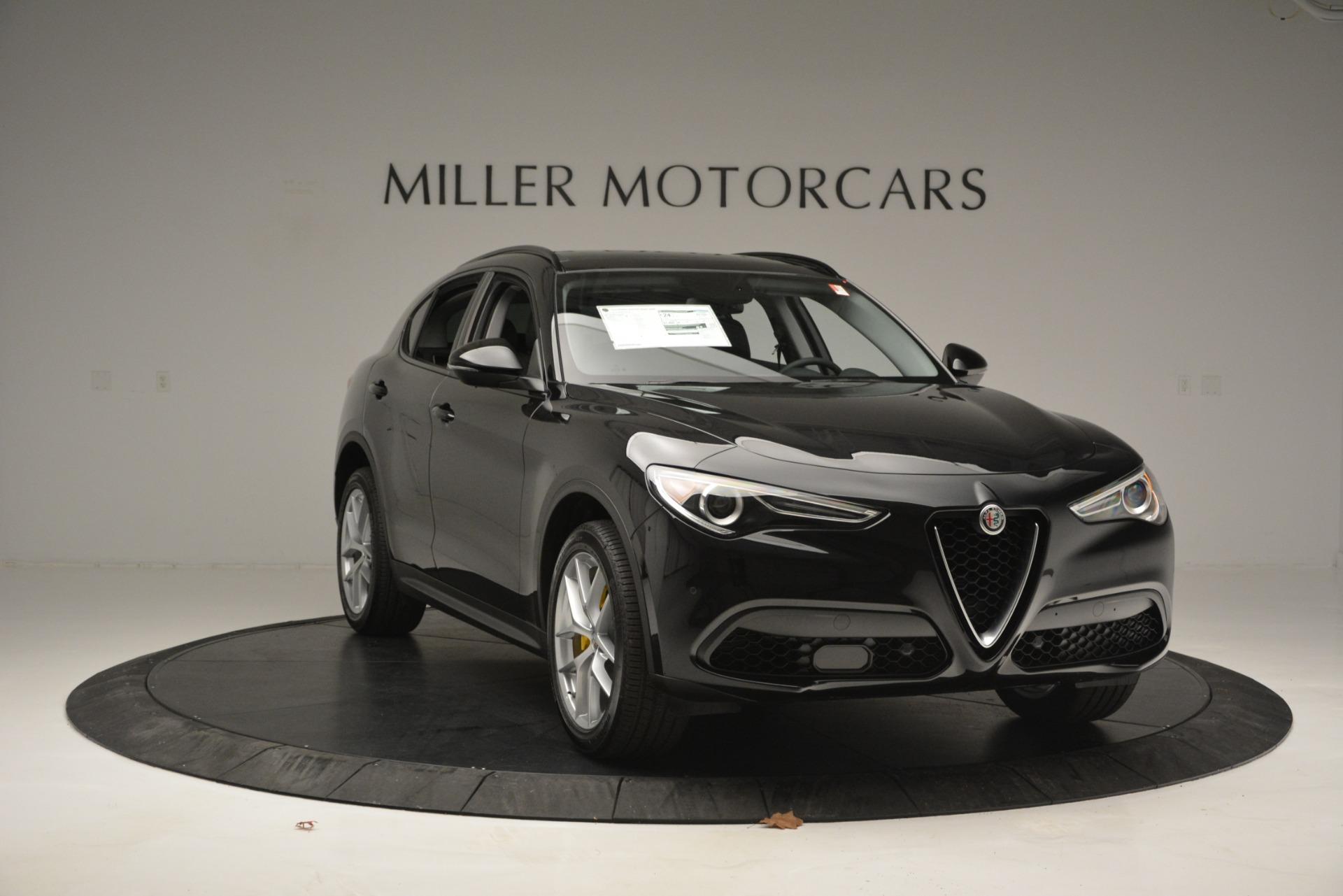 New 2019 Alfa Romeo Stelvio Sport Q4 | Greenwich, CT