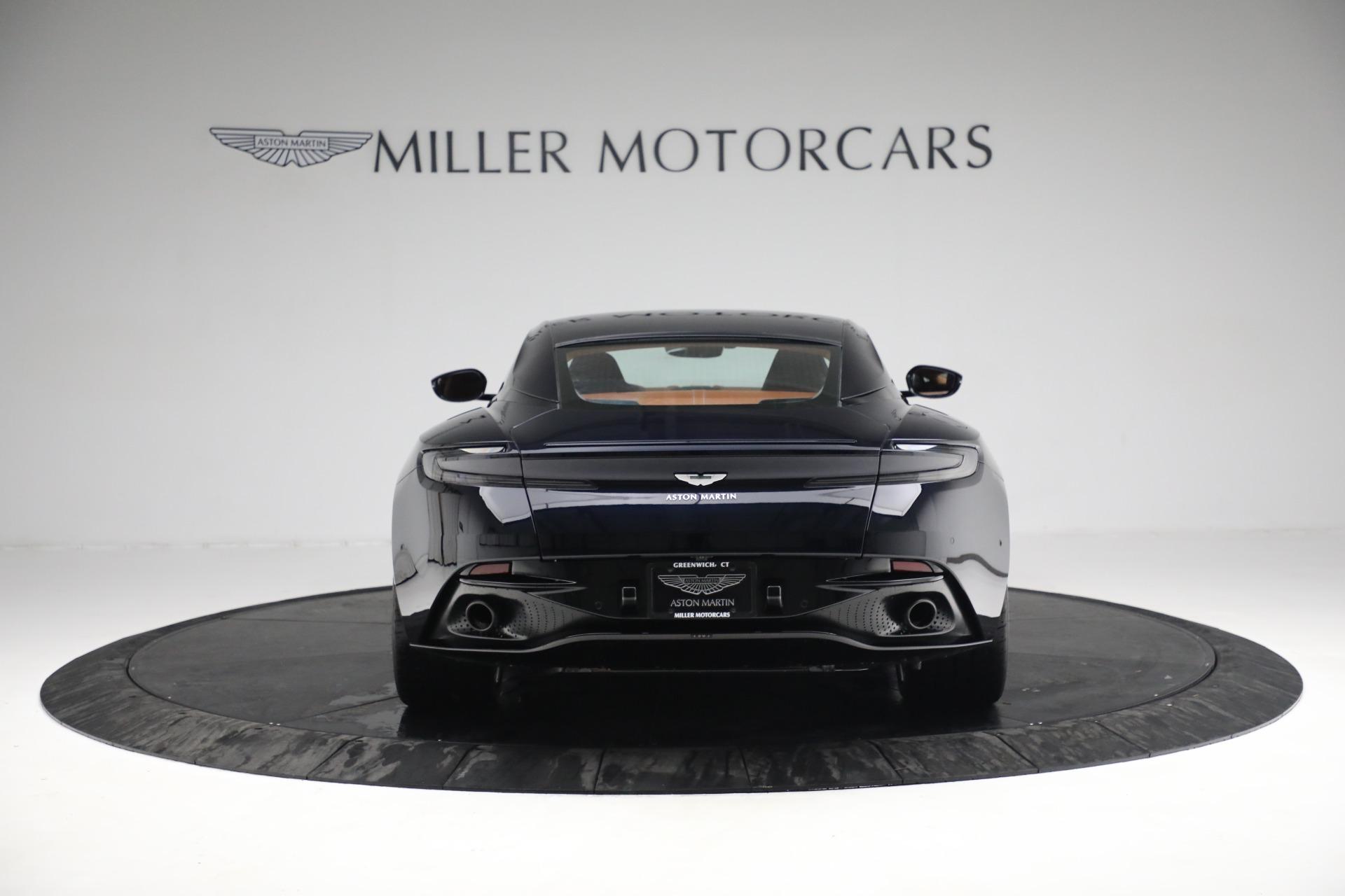 New 2019 Aston Martin DB11 V8   Greenwich, CT