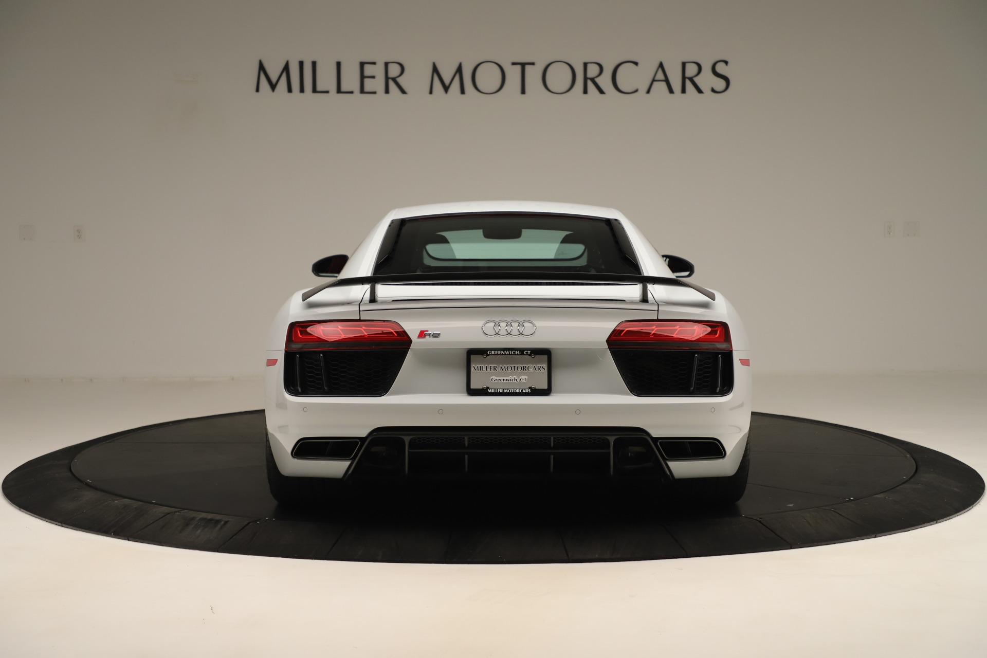 Used 2018 Audi R8 5.2 quattro V10 Plus | Greenwich, CT