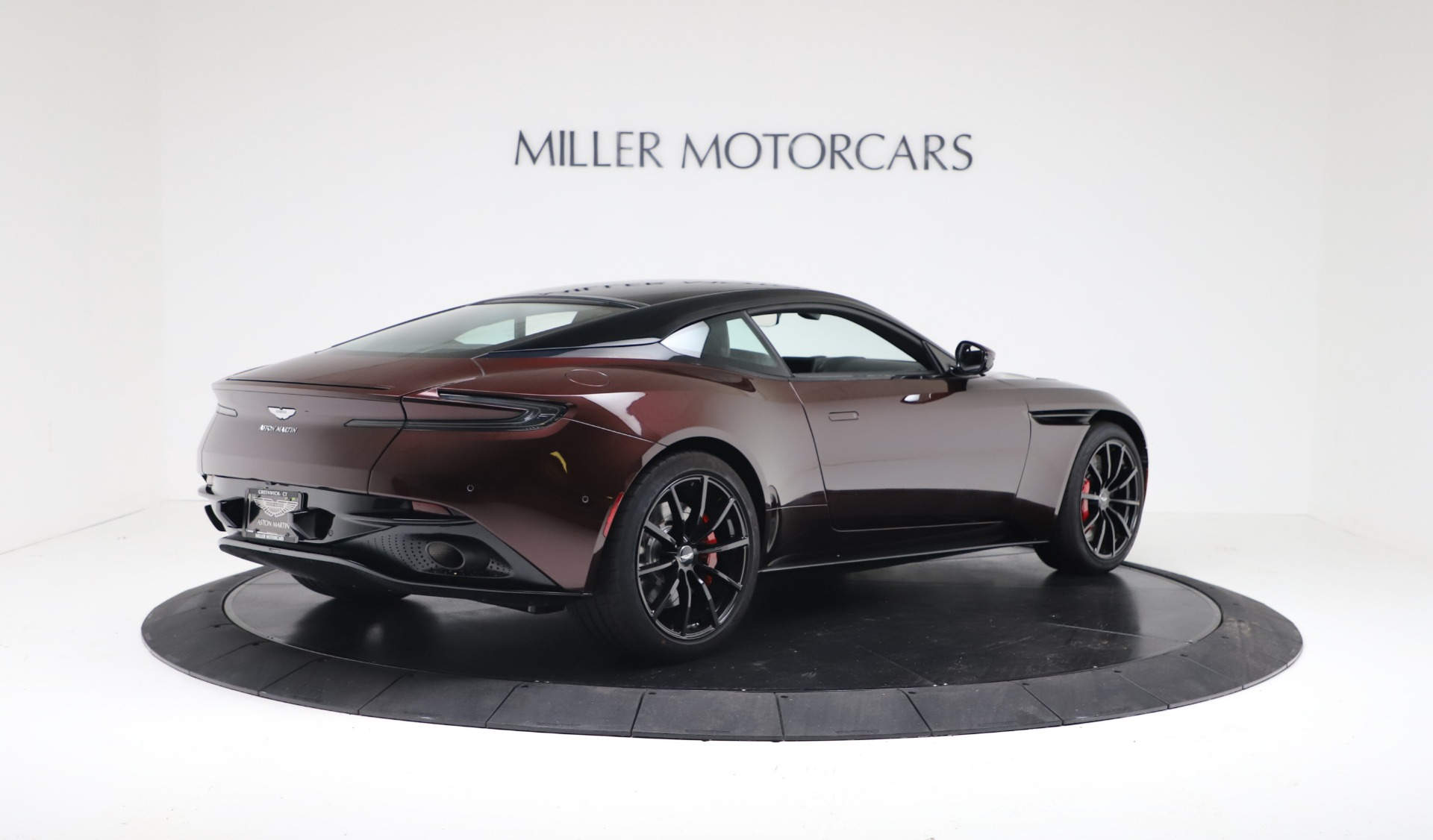 New 2019 Aston Martin DB11 V12 AMR | Greenwich, CT