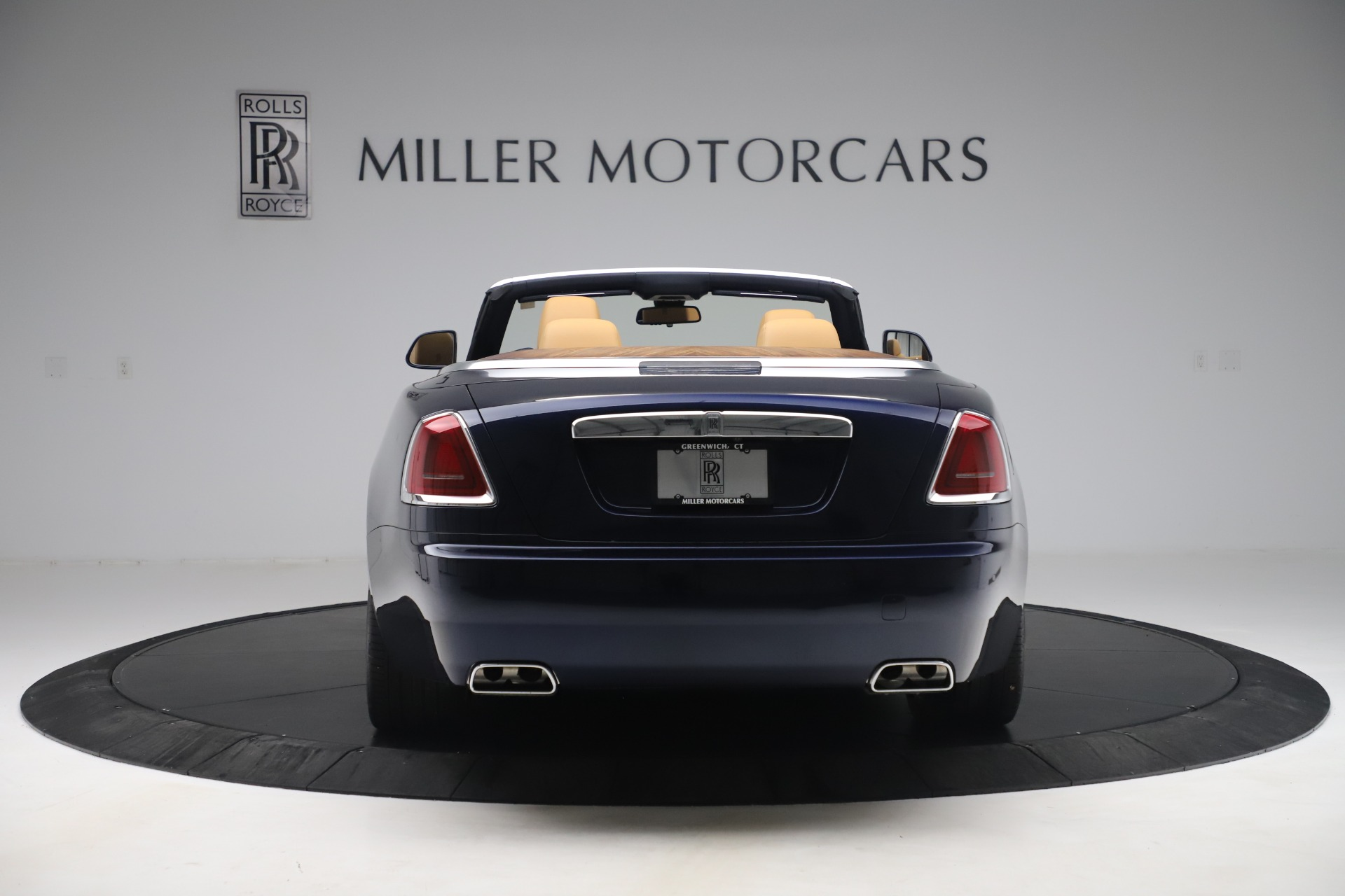 Used 2017 Rolls-Royce Dawn  | Greenwich, CT