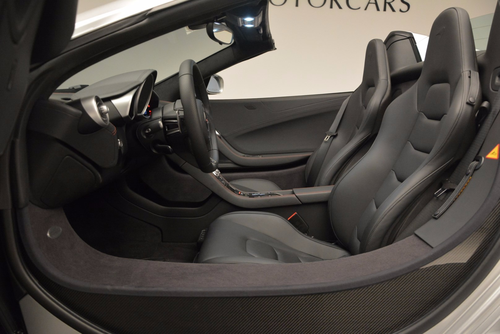 Used 2014 McLaren MP4-12C Spider  | Greenwich, CT