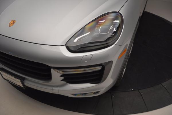 Used 2016 Porsche Cayenne Turbo for sale Sold at Bugatti of Greenwich in Greenwich CT 06830 14