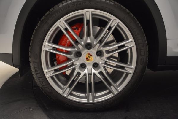 Used 2016 Porsche Cayenne Turbo for sale Sold at Bugatti of Greenwich in Greenwich CT 06830 16