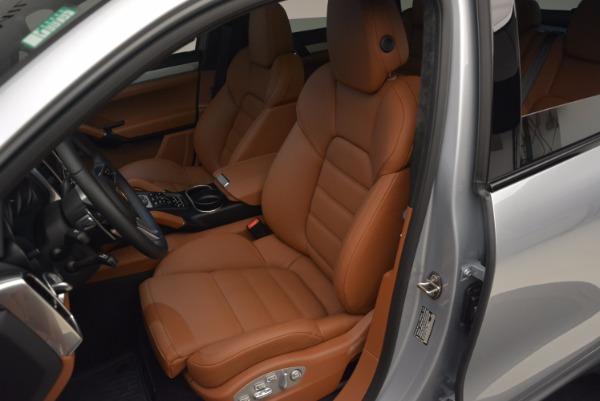 Used 2016 Porsche Cayenne Turbo for sale Sold at Bugatti of Greenwich in Greenwich CT 06830 18