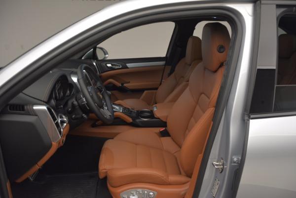 Used 2016 Porsche Cayenne Turbo for sale Sold at Bugatti of Greenwich in Greenwich CT 06830 19