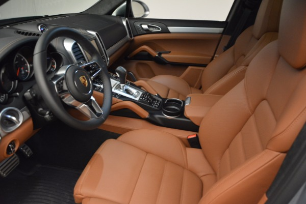 Used 2016 Porsche Cayenne Turbo for sale Sold at Bugatti of Greenwich in Greenwich CT 06830 20