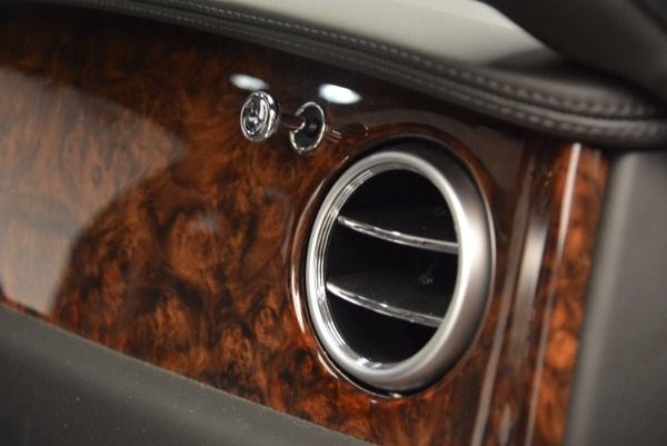Used 2014 Bentley Flying Spur for sale Sold at Bugatti of Greenwich in Greenwich CT 06830 10