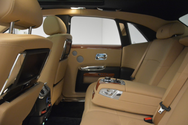 Used 2013 Rolls-Royce Ghost for sale Sold at Bugatti of Greenwich in Greenwich CT 06830 21