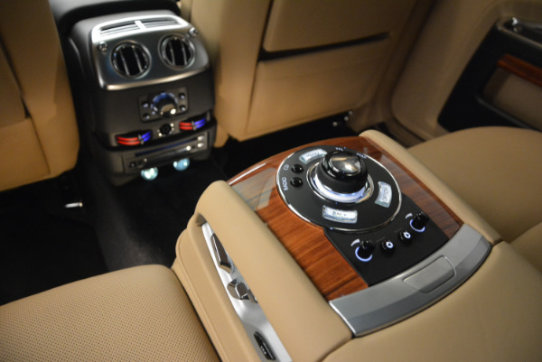 Used 2013 Rolls-Royce Ghost for sale Sold at Bugatti of Greenwich in Greenwich CT 06830 22