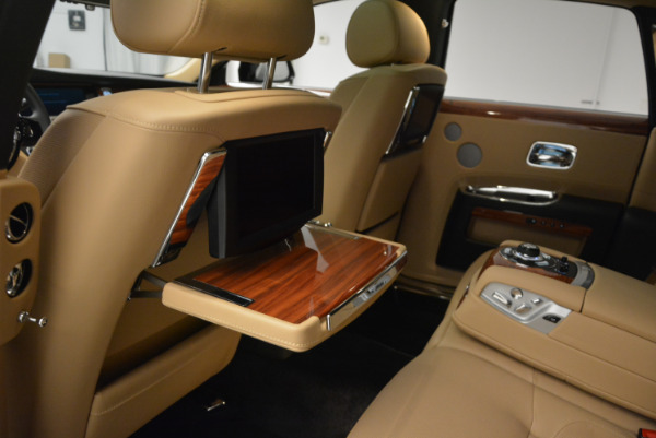 Used 2013 Rolls-Royce Ghost for sale Sold at Bugatti of Greenwich in Greenwich CT 06830 26