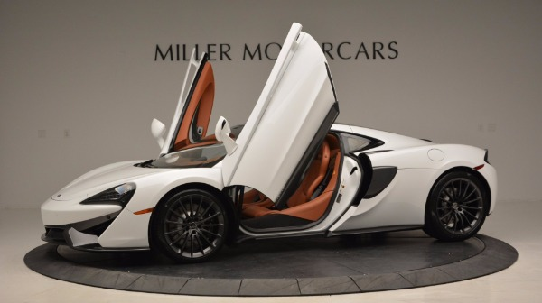 Used 2017 McLaren 570GT for sale Sold at Bugatti of Greenwich in Greenwich CT 06830 14