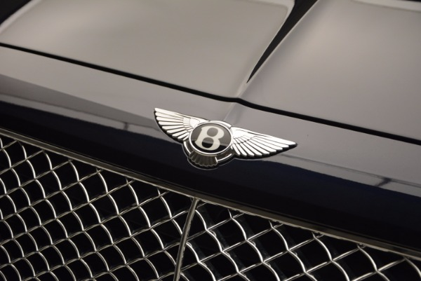 Used 2017 Bentley Bentayga W12 for sale Sold at Bugatti of Greenwich in Greenwich CT 06830 15