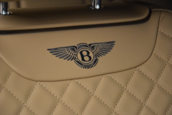 Used 2017 Bentley Bentayga W12 for sale Sold at Bugatti of Greenwich in Greenwich CT 06830 21