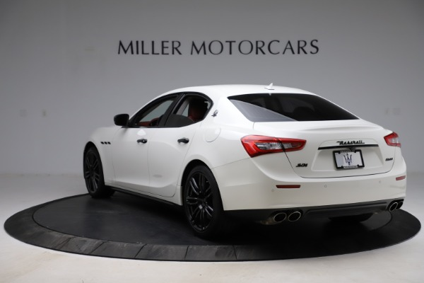 Used 2017 Maserati Ghibli S Q4 for sale Sold at Bugatti of Greenwich in Greenwich CT 06830 5