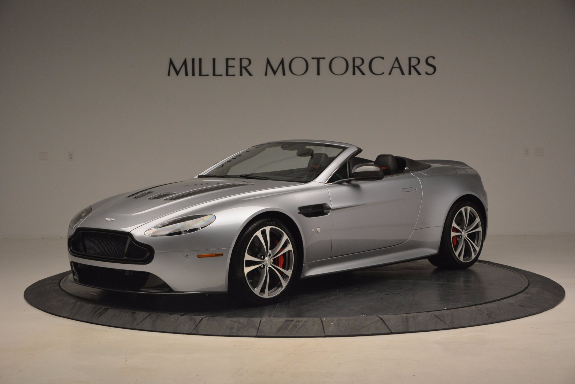 Used 2015 Aston Martin V12 Vantage S Roadster for sale Sold at Bugatti of Greenwich in Greenwich CT 06830 1