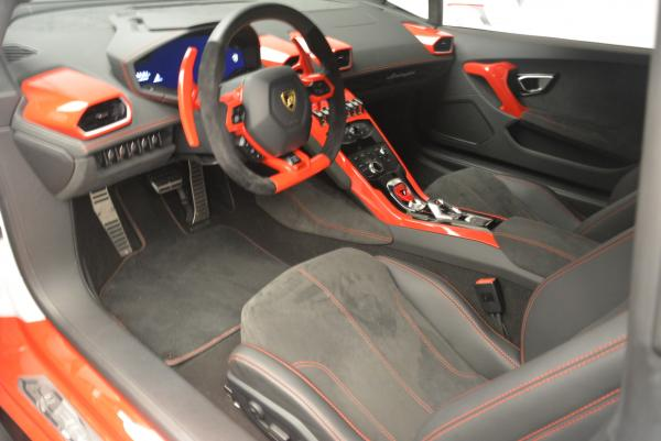 Used 2015 Lamborghini Huracan LP610-4 for sale Sold at Bugatti of Greenwich in Greenwich CT 06830 14
