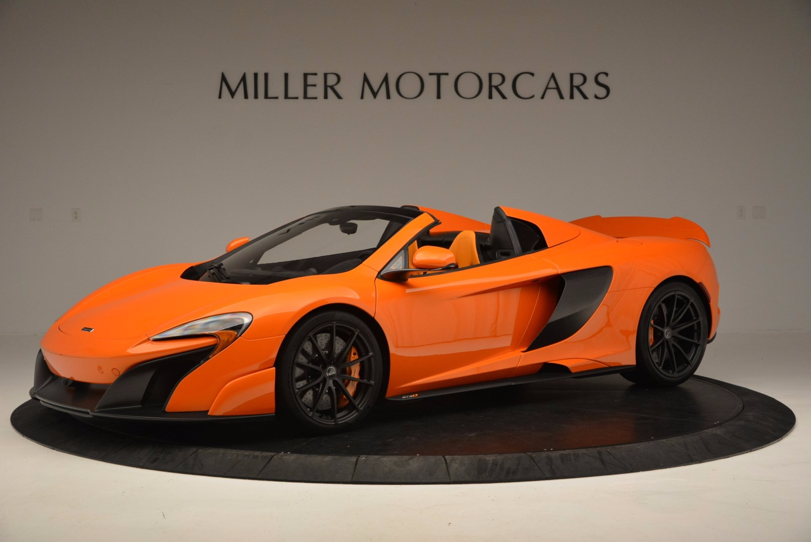 Used 2016 McLaren 675LT Spider Convertible for sale Sold at Bugatti of Greenwich in Greenwich CT 06830 1