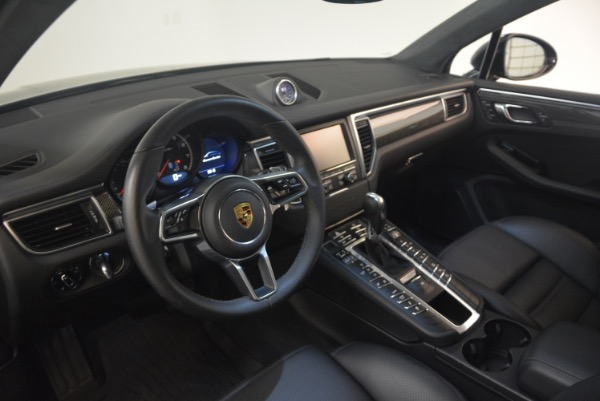 Used 2016 Porsche Macan Turbo for sale Sold at Bugatti of Greenwich in Greenwich CT 06830 17