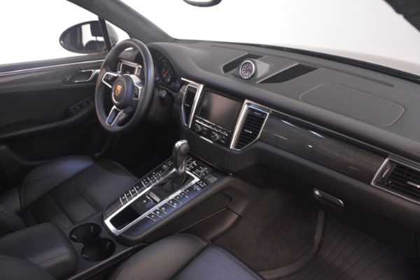 Used 2016 Porsche Macan Turbo for sale Sold at Bugatti of Greenwich in Greenwich CT 06830 21