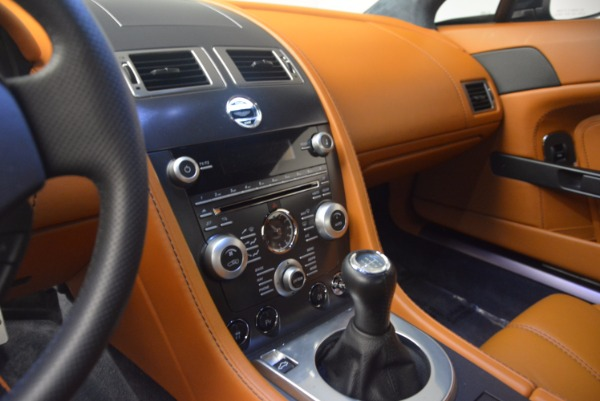 Used 2009 Aston Martin V8 Vantage for sale Sold at Bugatti of Greenwich in Greenwich CT 06830 17