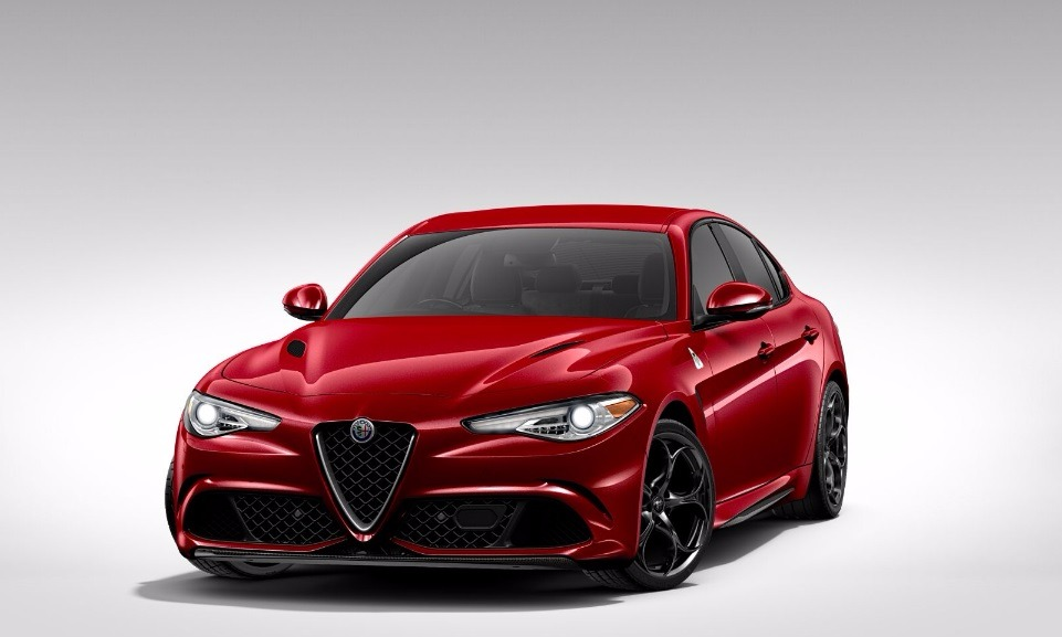 New 2017 Alfa Romeo Giulia Quadrifoglio Quadrifoglio for sale Sold at Bugatti of Greenwich in Greenwich CT 06830 1