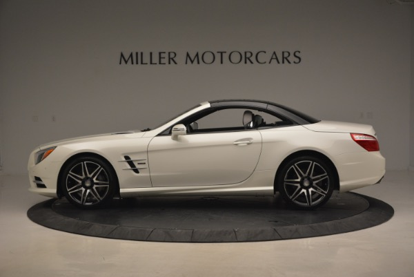 Used 2015 Mercedes Benz SL-Class SL 550 for sale Sold at Bugatti of Greenwich in Greenwich CT 06830 17