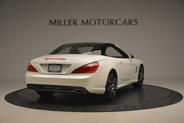 Used 2015 Mercedes Benz SL-Class SL 550 for sale Sold at Bugatti of Greenwich in Greenwich CT 06830 21