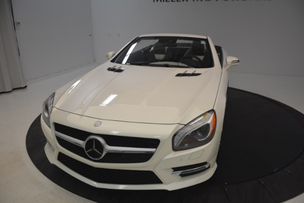 Used 2015 Mercedes Benz SL-Class SL 550 for sale Sold at Bugatti of Greenwich in Greenwich CT 06830 26