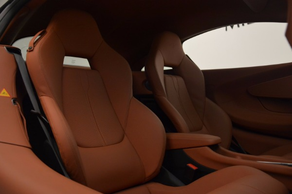 Used 2016 McLaren 570S for sale Sold at Bugatti of Greenwich in Greenwich CT 06830 20
