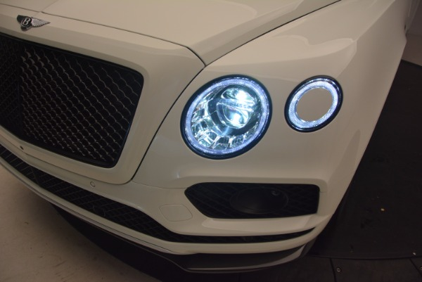 Used 2018 Bentley Bentayga Black Edition for sale Call for price at Bugatti of Greenwich in Greenwich CT 06830 17