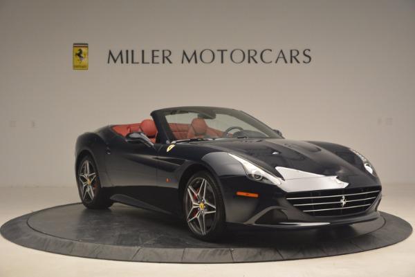 Used 2017 Ferrari California T for sale Sold at Bugatti of Greenwich in Greenwich CT 06830 11