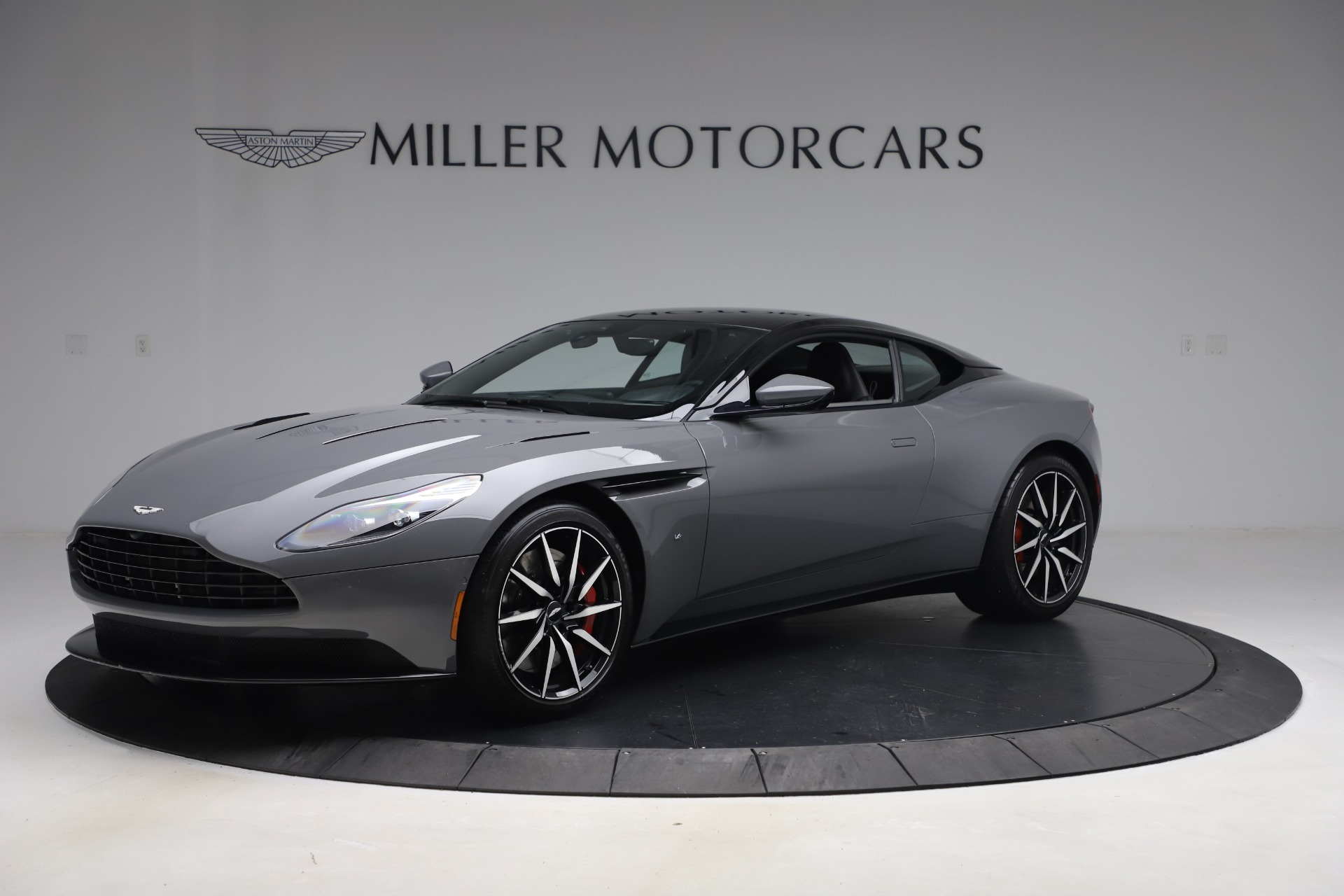Used 2017 Aston Martin DB11 V12 for sale $149,900 at Bugatti of Greenwich in Greenwich CT 06830 1