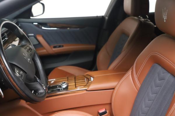 Used 2017 Maserati Quattroporte SQ4 GranLusso/ Zegna for sale $62,900 at Bugatti of Greenwich in Greenwich CT 06830 14