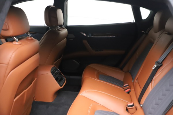 Used 2017 Maserati Quattroporte SQ4 GranLusso/ Zegna for sale $62,900 at Bugatti of Greenwich in Greenwich CT 06830 18