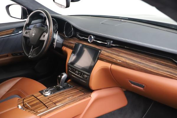 Used 2017 Maserati Quattroporte SQ4 GranLusso/ Zegna for sale $62,900 at Bugatti of Greenwich in Greenwich CT 06830 19