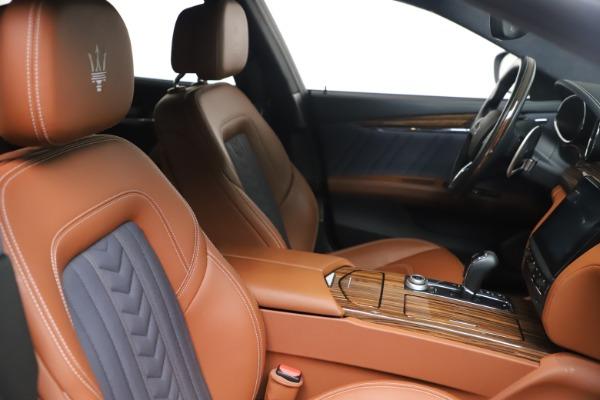Used 2017 Maserati Quattroporte SQ4 GranLusso/ Zegna for sale $62,900 at Bugatti of Greenwich in Greenwich CT 06830 20