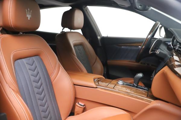 Used 2017 Maserati Quattroporte SQ4 GranLusso/ Zegna for sale $62,900 at Bugatti of Greenwich in Greenwich CT 06830 21