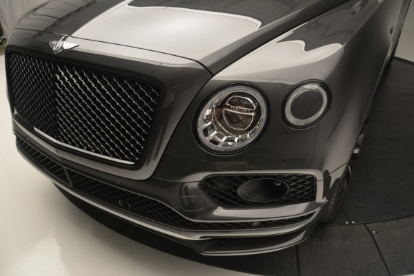 Used 2018 Bentley Bentayga W12 Signature for sale Sold at Bugatti of Greenwich in Greenwich CT 06830 15