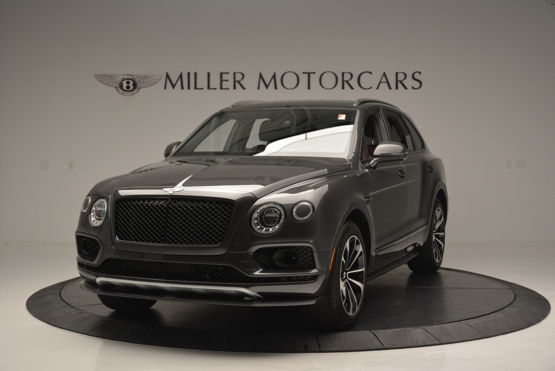 Used 2018 Bentley Bentayga W12 Signature for sale Sold at Bugatti of Greenwich in Greenwich CT 06830 1